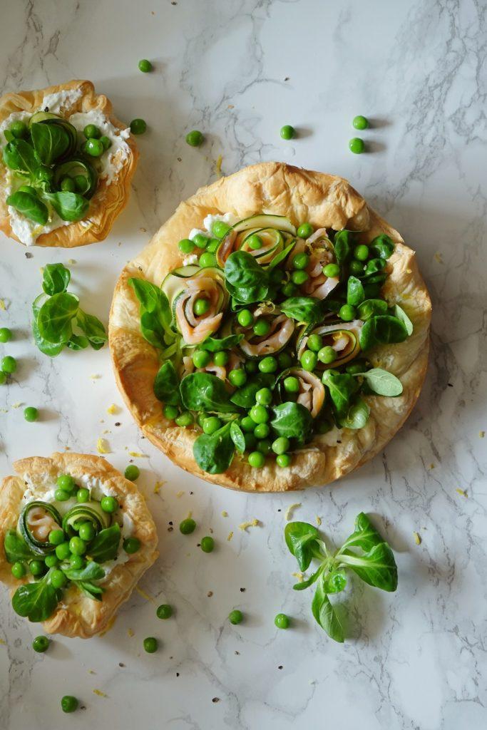 francuska tarta z zielonymi warzywami