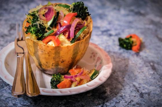 Dynia makaronowa ze smażonymi warzywami