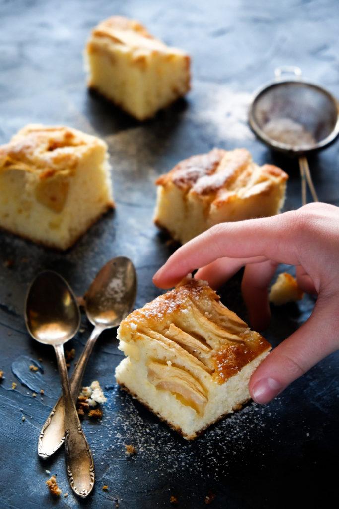ucierane ciasto z jabłkami i ricottą
