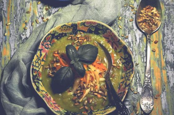 Krem z warzyw z rosołu z brokułem