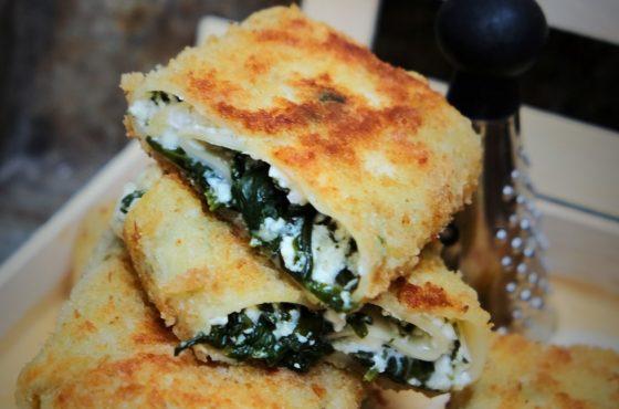 """Smażona """"lazania"""" z białym serem i szpinakiem"""
